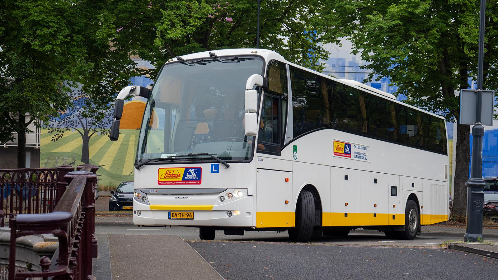 Verkeersschool Brinkman beroepsopleiding bus