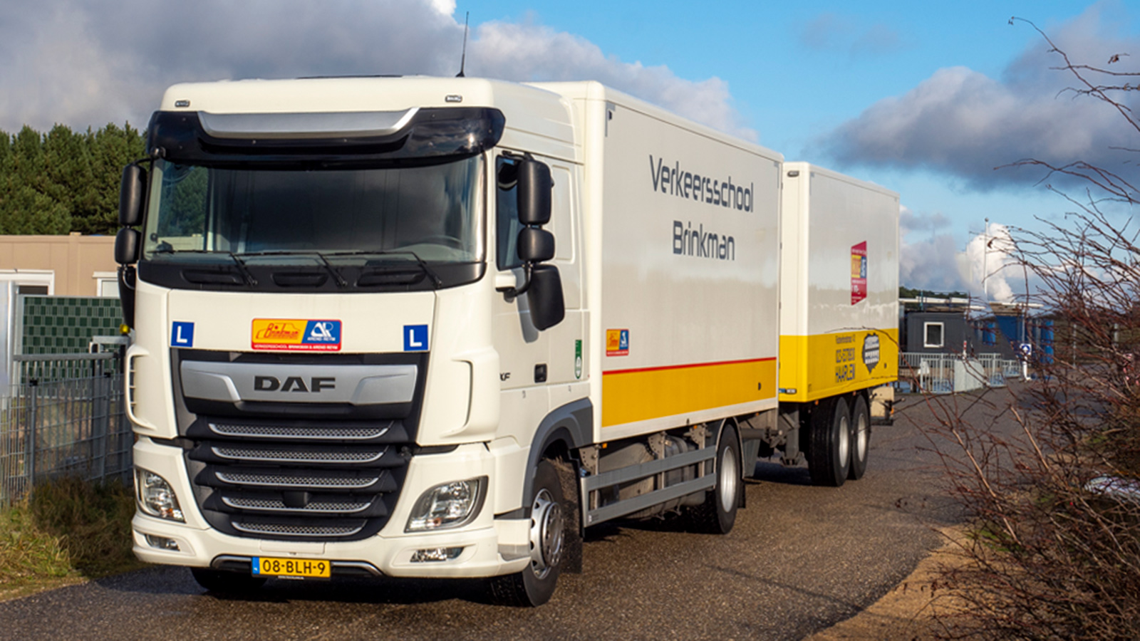 Verkeersschool Brinkman vrachtauto aanhanger