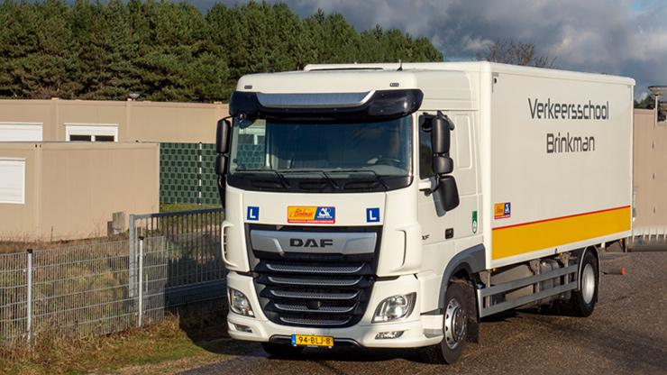 Verkeersschool Brinkman beroepsopleiding vrachtauto